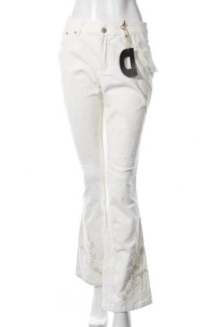Дамски джинси De Luxe, Размер M, Цвят Екрю, 98% памук, 2% еластан, Цена 14,33лв.