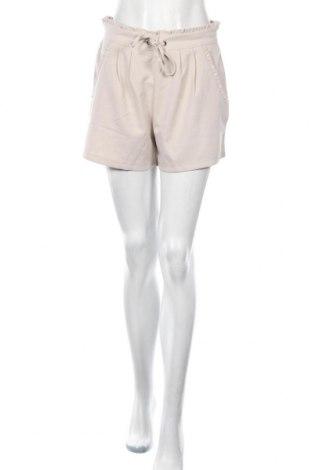 Дамски къс панталон Jacqueline De Yong, Размер M, Цвят Бежов, 95% полиестер, 5% еластан, Цена 12,25лв.