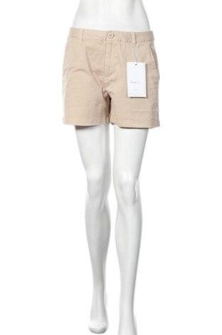 Дамски къс панталон Knowledge Cotton Apparel, Размер M, Цвят Бежов, 98% памук, 2% еластан, Цена 66,75лв.