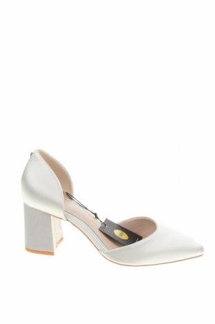 Дамски обувки Buffalo, Размер 39, Цвят Бял, Текстил, Цена 33,82лв.