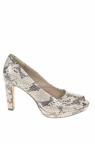 Дамски обувки Clarks, Размер 41, Цвят Сив, Еко кожа, Цена 33,82лв.