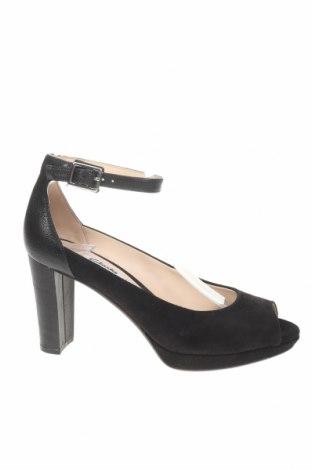 Дамски обувки Clarks, Размер 38, Цвят Черен, Естествен велур, естествена кожа, Цена 52,15лв.