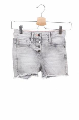 Детски къс панталон S.Oliver, Размер 10-11y/ 146-152 см, Цвят Сив, 65% памук, 33% полиестер, 2% еластан, Цена 10,08лв.
