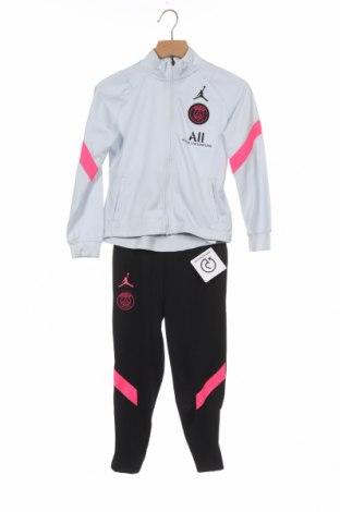 Set de sport pentru copii Air Jordan Nike, Mărime 3-4y/ 104-110 cm, Culoare Negru, 97% poliester, 3% elastan, Preț 251,48 Lei
