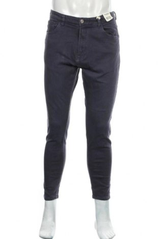 Мъжки дънки Pull&Bear, Размер M, Цвят Син, 98% памук, 2% еластан, Цена 19,47лв.