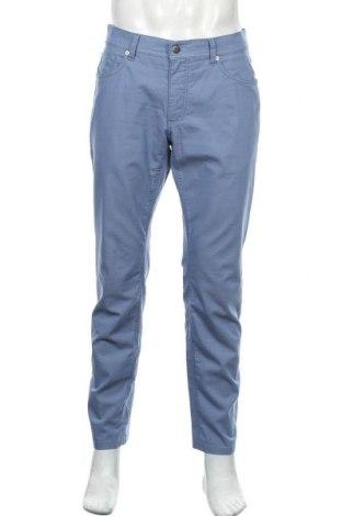 Мъжки панталон Brax, Размер M, Цвят Син, 84% памук, 13% полиестер, 3% еластан, Цена 38,92лв.