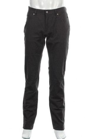 Мъжки панталон Brax, Размер L, Цвят Сив, 96% памук, 4% еластан, Цена 38,92лв.