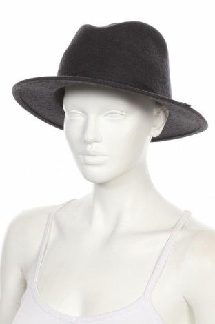 Шапка Brixton, Цвят Черен, Вълна, Цена 36,75лв.