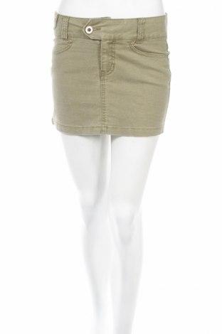 Пола Vero Moda, Размер XS, Цвят Зелен, 97% памук, 3% еластан, Цена 6,67лв.