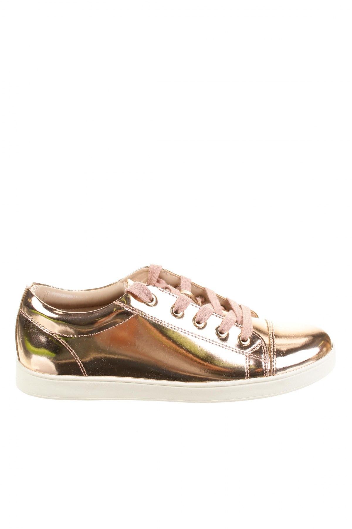 7b28c813425f Dámske topánky Buffalo - za výhodnú cenu na Remix -  102460791