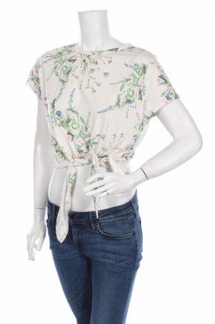 Дамска блуза Primark, Размер L, Цвят Екрю, 67% полиестер, 33% вискоза, Цена 6,00лв.