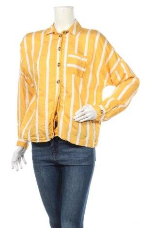 Дамска риза Topshop, Размер M, Цвят Бял, 61% вискоза, 19% полиамид, Цена 14,00лв.