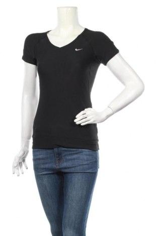 Дамска тениска Nike, Размер S, Цвят Черен, 88% полиестер, 12% еластан, Цена 25,20лв.