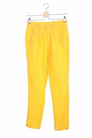 Дамски панталон One Step, Размер XS, Цвят Жълт, 67% лиосел, 23% лен, Цена 74,82лв.