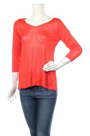 Дамски пуловер United Colors Of Benetton, Размер S, Цвят Червен, Вискоза, Цена 6,40лв.