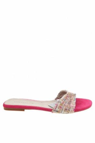 Чехли Zara, Размер 37, Цвят Многоцветен, Текстил, Цена 22,05лв.