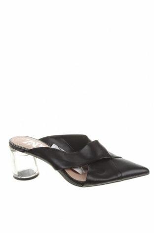 Γυναικείες παντόφλες Zara, Μέγεθος 37, Χρώμα Μαύρο, Δερματίνη, Τιμή 21,34€