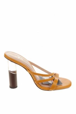Чехли Zara, Размер 35, Цвят Жълт, Еко кожа, Цена 13,52лв.