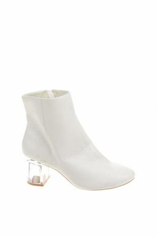 Dámské boty  Pull&Bear, Velikost 39, Barva Bílá, Eko kůže, Cena  696,00Kč