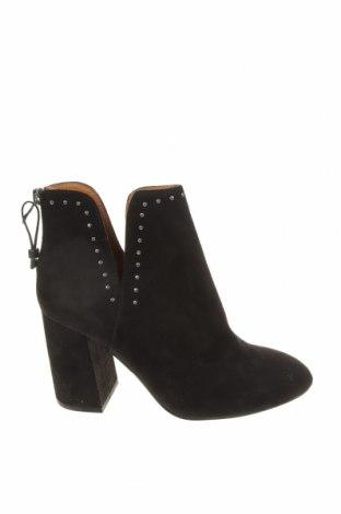 Dámské boty  Pull&Bear, Velikost 38, Barva Černá, Textile , Cena  378,00Kč