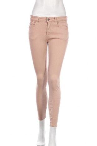 Дамски дънки Zara, Размер M, Цвят Розов, 91% памук, 9% еластан, Цена 17,76лв.