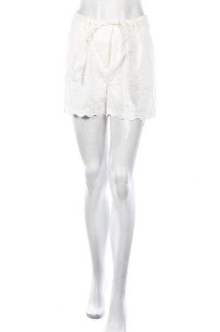 Pantaloni scurți de femei Glamorous, Mărime M, Culoare Alb, Bumbac, Preț 32,07 Lei