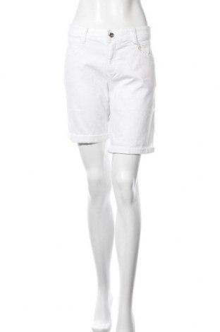 Pantaloni scurți de femei Tom Tailor, Mărime L, Culoare Alb, 98% bumbac, 2% elastan, Preț 45,39 Lei