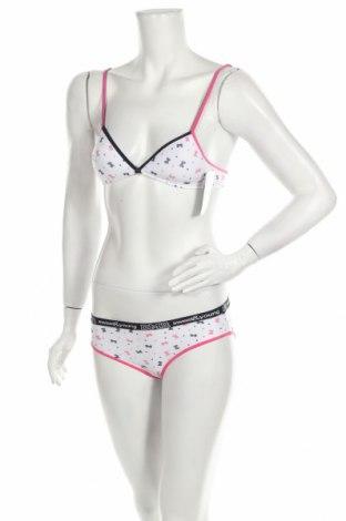 Дамски комплект, Размер XXS, Цвят Бял, 95% памук, 5% еластан, Цена 27,30лв.
