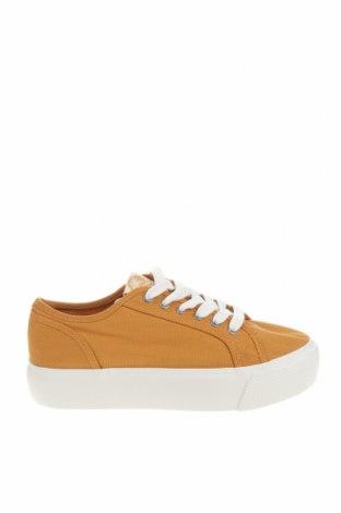 Дамски обувки Pull&Bear, Размер 37, Цвят Жълт, Текстил, Цена 26,55лв.