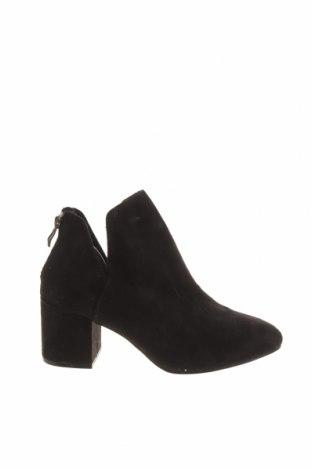 Dámské boty  Pull&Bear, Velikost 37, Barva Černá, Textile , Cena  750,00Kč