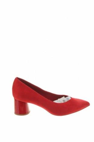 Дамски обувки Stradivarius, Размер 36, Цвят Червен, Текстил, Цена 17,70лв.