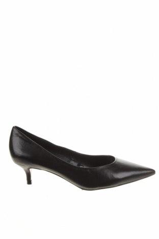 Дамски обувки Zara, Размер 37, Цвят Черен, Естествена кожа, Цена 44,55лв.