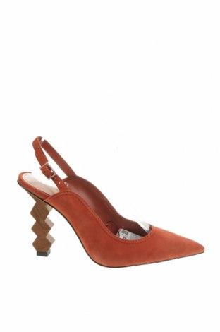 Дамски обувки Zara, Размер 37, Цвят Оранжев, Естествен велур, Цена 81,75лв.