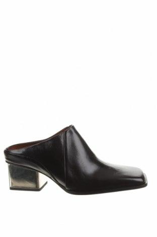 Чехли Zara, Размер 38, Цвят Черен, Естествена кожа, Цена 62,55лв.