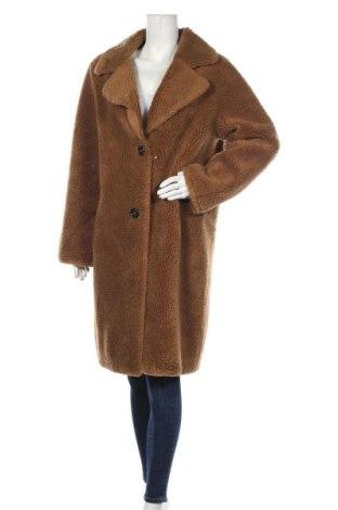 Дамско палто S.Oliver, Размер M, Цвят Кафяв, 59% полиестер, 25% акрил, 16% вълна, Цена 125,30лв.