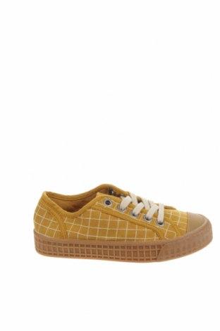 Детски обувки Zara, Размер 32, Цвят Жълт, Текстил, полиуретан, Цена 39,00лв.