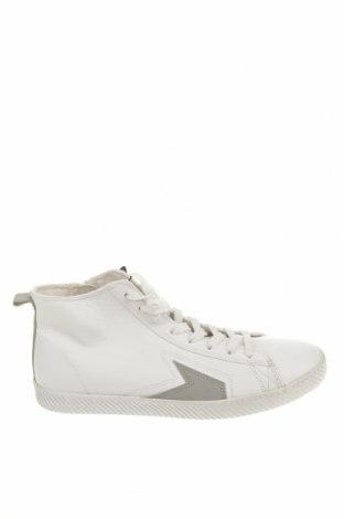 Ανδρικά παπούτσια Pull&Bear, Μέγεθος 44, Χρώμα Λευκό, Δερματίνη, Τιμή 26,80€