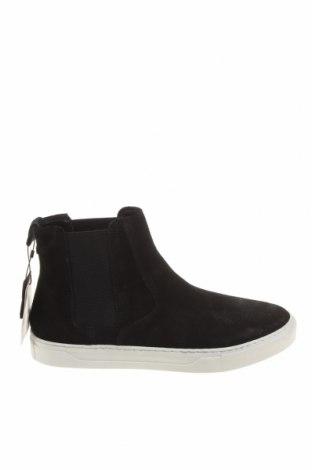 Pánské boty Pull&Bear, Velikost 40, Barva Černá, Přírodní velur , Cena  1076,00Kč