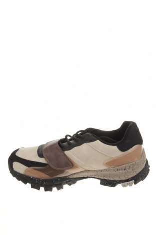 Ανδρικά παπούτσια Pull&Bear, Μέγεθος 43, Χρώμα Πολύχρωμο, Δερματίνη, πολυουρεθάνης, Τιμή 22,81€
