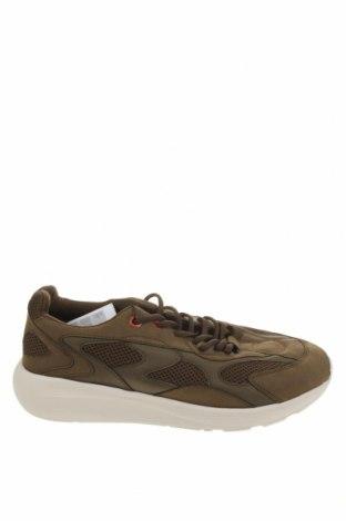 Ανδρικά παπούτσια Pull&Bear, Μέγεθος 43, Χρώμα Πράσινο, Δερματίνη, κλωστοϋφαντουργικά προϊόντα, Τιμή 30,41€