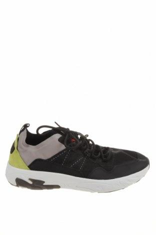 Ανδρικά παπούτσια Pull&Bear, Μέγεθος 45, Χρώμα Μαύρο, Κλωστοϋφαντουργικά προϊόντα, δερματίνη, Τιμή 20,10€