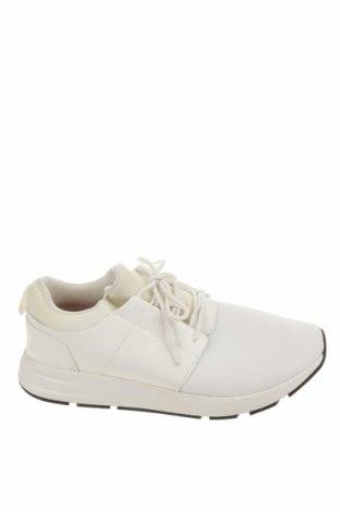 Ανδρικά παπούτσια Pull&Bear, Μέγεθος 44, Χρώμα Λευκό, Κλωστοϋφαντουργικά προϊόντα, δερματίνη, Τιμή 30,41€