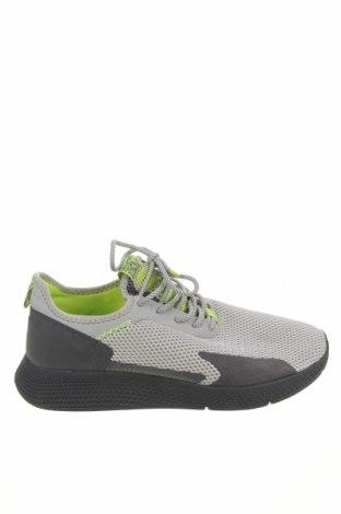 Ανδρικά παπούτσια Pull&Bear, Μέγεθος 44, Χρώμα Γκρί, Κλωστοϋφαντουργικά προϊόντα, δερματίνη, Τιμή 30,41€