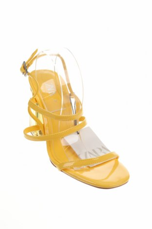 Сандали Zara, Размер 37, Цвят Жълт, Еко кожа, Цена 24,96лв.