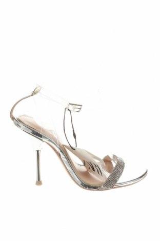 Сандали Zara, Размер 36, Цвят Сребрист, Еко кожа, полиуретан, Цена 17,25лв.