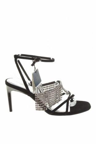 Сандали Zara, Размер 36, Цвят Черен, Естествен велур, Цена 37,80лв.