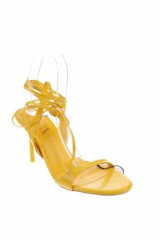 Σανδάλια Zara, Μέγεθος 38, Χρώμα Κίτρινο, Γνήσιο δέρμα, Τιμή 31,70€
