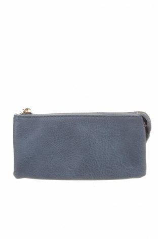 Peňaženka  Co-Lab