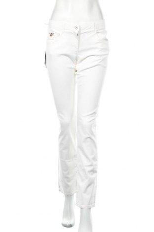 Дамски дънки Napapijri, Размер L, Цвят Бял, 98% памук, 2% еластан, Цена 64,80лв.