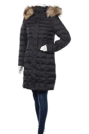 Γυναικείο μπουφάν S.Oliver, Μέγεθος M, Χρώμα Μαύρο, Πολυαμίδη, φτερά και πούπουλα, Τιμή 102,58€